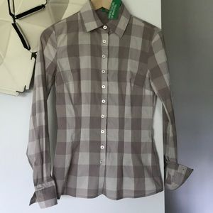 NWT United colors of Benetton Xs Gray button up